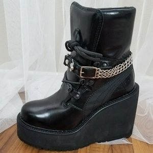 Puma Rihanna Fenty Platforms Boot Chain Edgy Cool